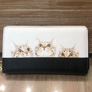 New Betsey Ross Adorable 3 Cat Wallet